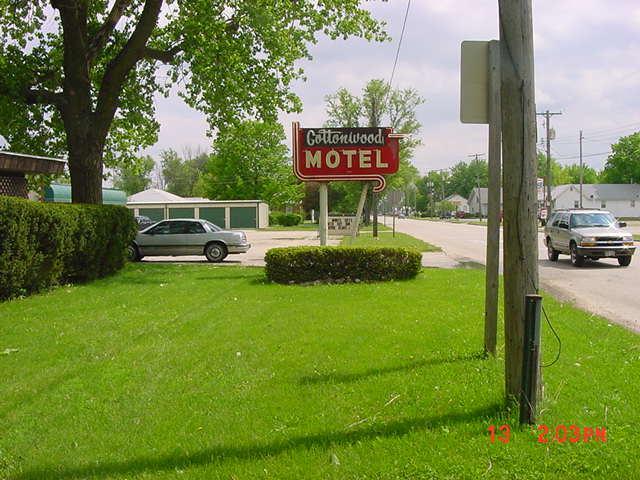 motelsign.jpg